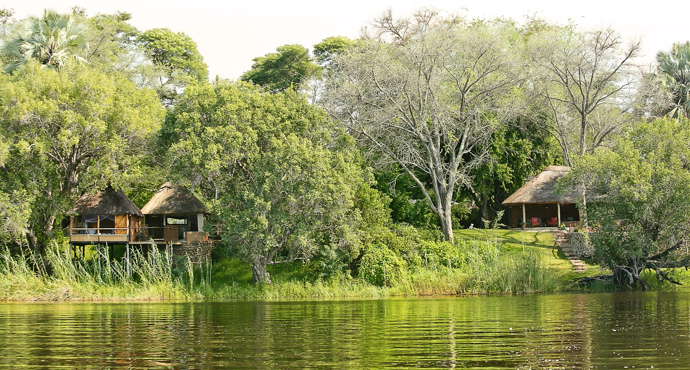 Main reception and Bee-eater River chalet